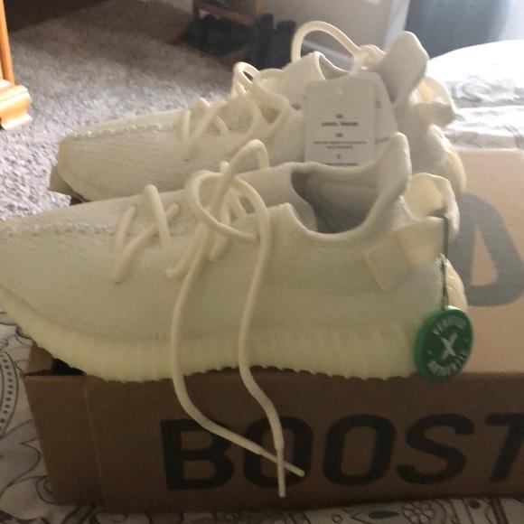 buy popular 39903 1bb3c Yeezy Boost 350 triple white StockX.com NWT